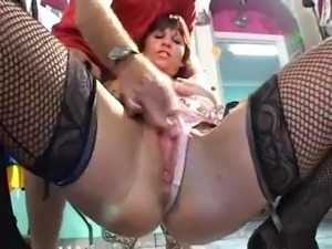 Wendy Taylor - fisting and squirting