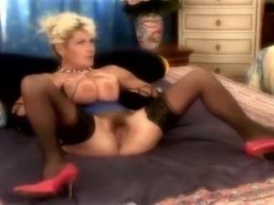 Milada aka Renata still has what it takes for porn.