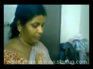 mallu aunty hot shower