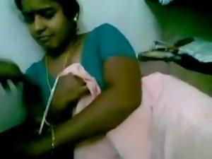 Desi Indian Chennai Tamil Housewife MMS Scandal