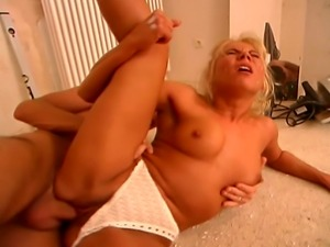 Dirty blond MILF with long leg gets her pussy stuffed with a hard big cock...