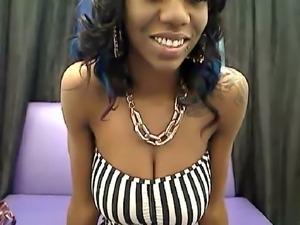 Hot Ebony Babe on Cam