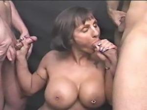 porno-kamshot-ot-zrelih-zhenshin