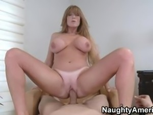 darla crane  housewife 1 on 1