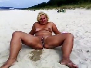 nakedpussy at beach 2