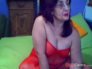 Greek granny webcam 2 free
