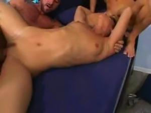 Mr big dicks hot chicks