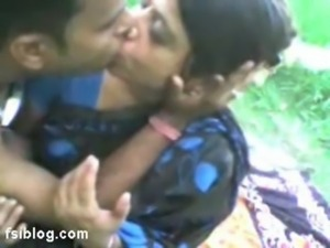 indian aunty outdoor sex free