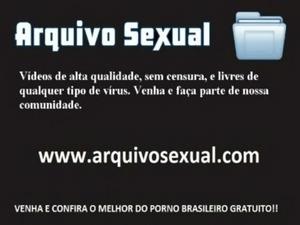 Gostosa brasileira dando por dinheiro 2 - www.arquivosexual.com free