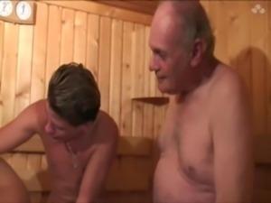 La beurette leila dans le sauna free