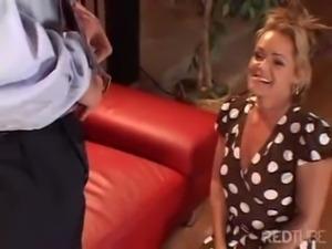 Ninfetinha tarada pedindo uma rola na buceta 8 - www.arquivosexual.com free