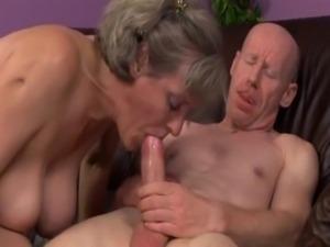 Mature Birgitta K. pissing & fucking free