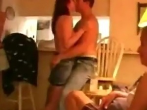 Hot amateur swinger sexparty