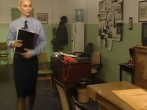 police woman has sex on desk in black stockings