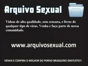 Ela abre a bucetinha e deixa a rola entrar 13 - www.arquivosexual.com free