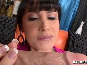 belgian milf eva karera deepthroats and titjobs a big dick!