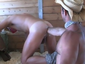 Raw gay anal fisting