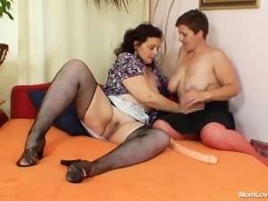 old mothers masturbate together
