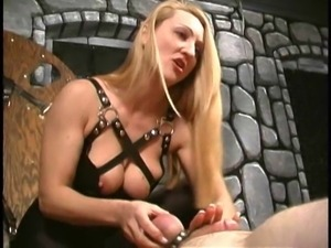 Crysta - Two Minutes to Jerk