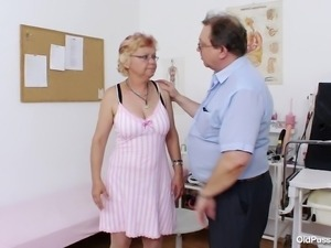 old blonde comes to a gynecologist examine her body