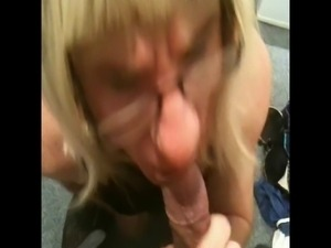 PATRICIA JOHNES - SISSY CROSSDRESSER SUCKING BBC