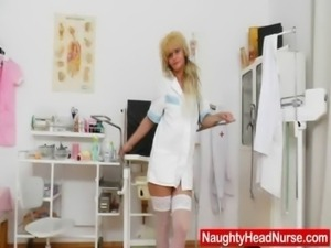 Gyno-instrument in mommy nurse piss hole free