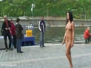 Angelica Black shows her naked hot body in public