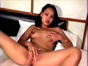 Thai Lesbians 3
