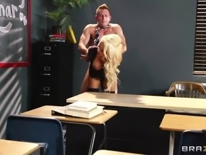 bill fucked breanna in a teaching seminar