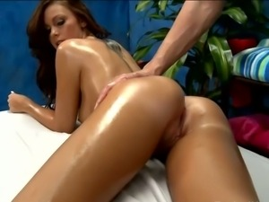 Cheerleader whitney gets an oily rub down