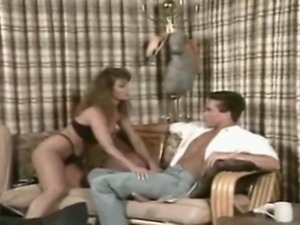 Ashlyn Gere & Peter North get it on, and she milks his spew into her coffe...