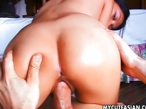 Asian amateurs blowjob then fuck