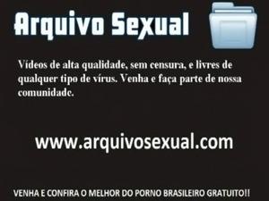 Gostosinha da webcam cai na rola de estranho - www.arquivosexual.com free