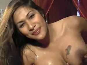 Shemale messing around after huge cumshot