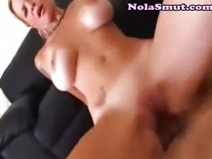 Huge Cumshot Spilled On On Big Tits