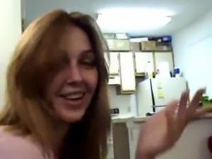 Tetuda e adora uma chupeta antes da trepada 9 - www.arquivosexual.com free