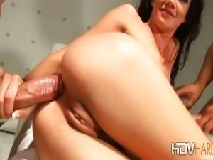 Brunette Pornstar Taylor Rain Anal Threesome