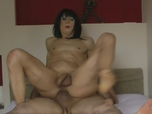 Naked Lucienne is fucking bareback