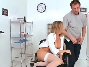 Delicious blonde chick Bree Olson in nice lingerie getting fucked hard by...
