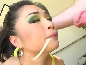 Jonni Darkko gets a hot deep throat session from dark haired and sensual...