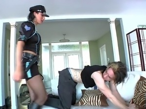 Sexy dressed tranny Danika Dreamz in nice police uniform bares