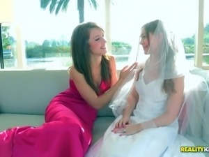 Aurielee Summers is so beautiful in her virgin white wedding