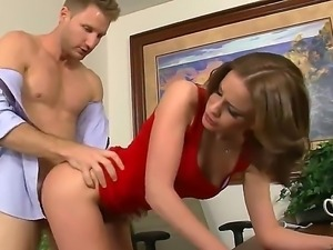Young secretary Jasmine Wolff gets hard banged by her nauhgty bossLevi Cash