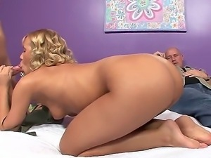 Mark Davis, Mr. Pete and gorgeous sex blonde Nicole Aniston enjoy in their...