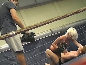 Backstage scenes with two lesbian fighters Leyla Peachbloom and Sandra Seashell