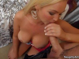 Chubby hot ass blonde milf Abbey Brooks with long whorish