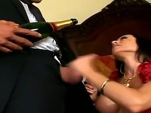 Brunette hottie Davia Ardell loves having hunk Ramon Nomar pounding her crazy