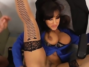 Horny and beautiful teacher Lisa Ann sucks the dick of her student Johnny...