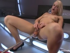 Shaved pussy blonde Anikka Albright rides the sybian with wild