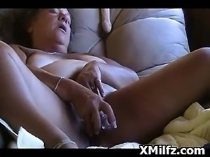 Mature Hoe Vagina Penetrated Hard